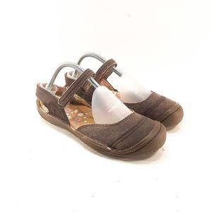 Keen Summer Golden Canvas Leather Sandals Sz 9.5